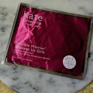Warrior Between Us Girls Decollete Sheet Mask